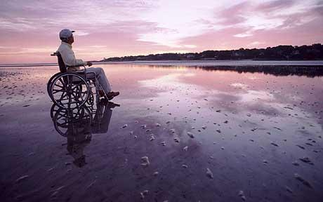 WHEELCHAIR-TRAVEL-1