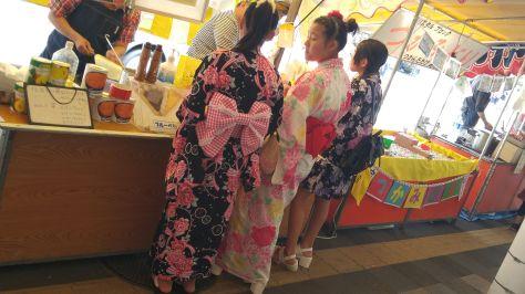 KIMONO-GIRLS-2