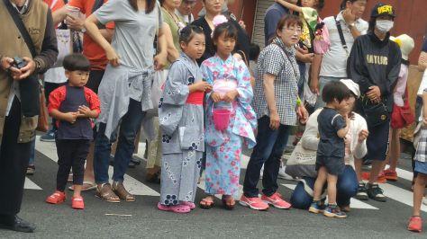 KIMONO-GIRLS-4