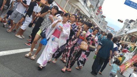 KIMONO-GIRLS-6