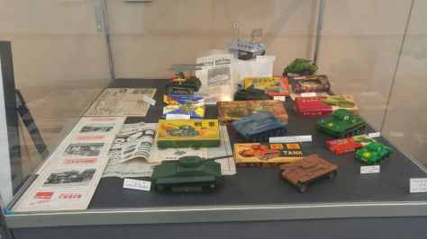 hobby-22-wooden-tanks